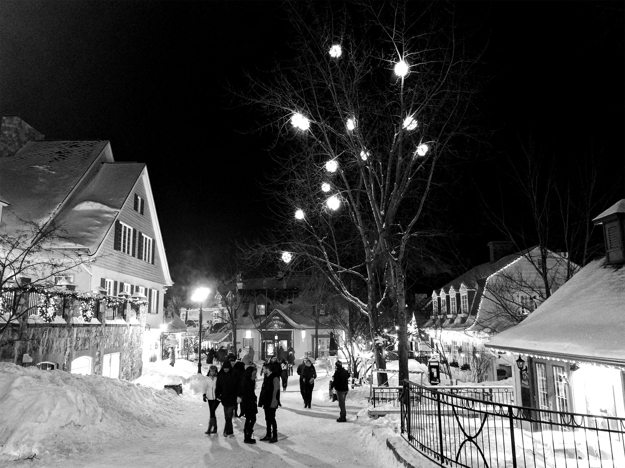 Tremblant Village 2